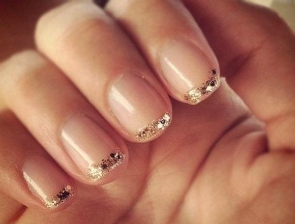 Элегантный френч на коротких ногтях