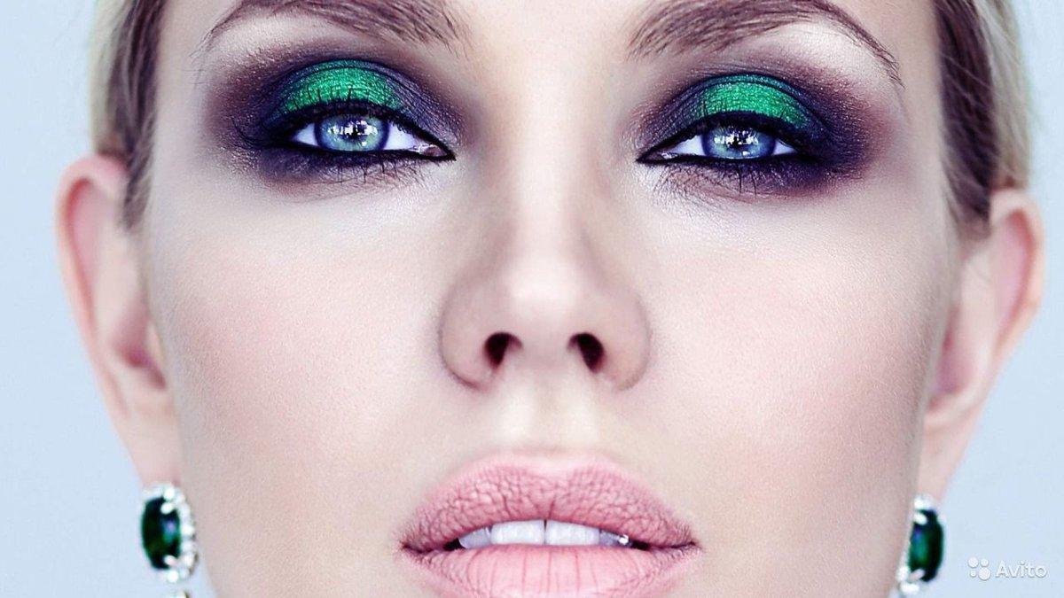 Как сделать в макияже яркие глаза 258