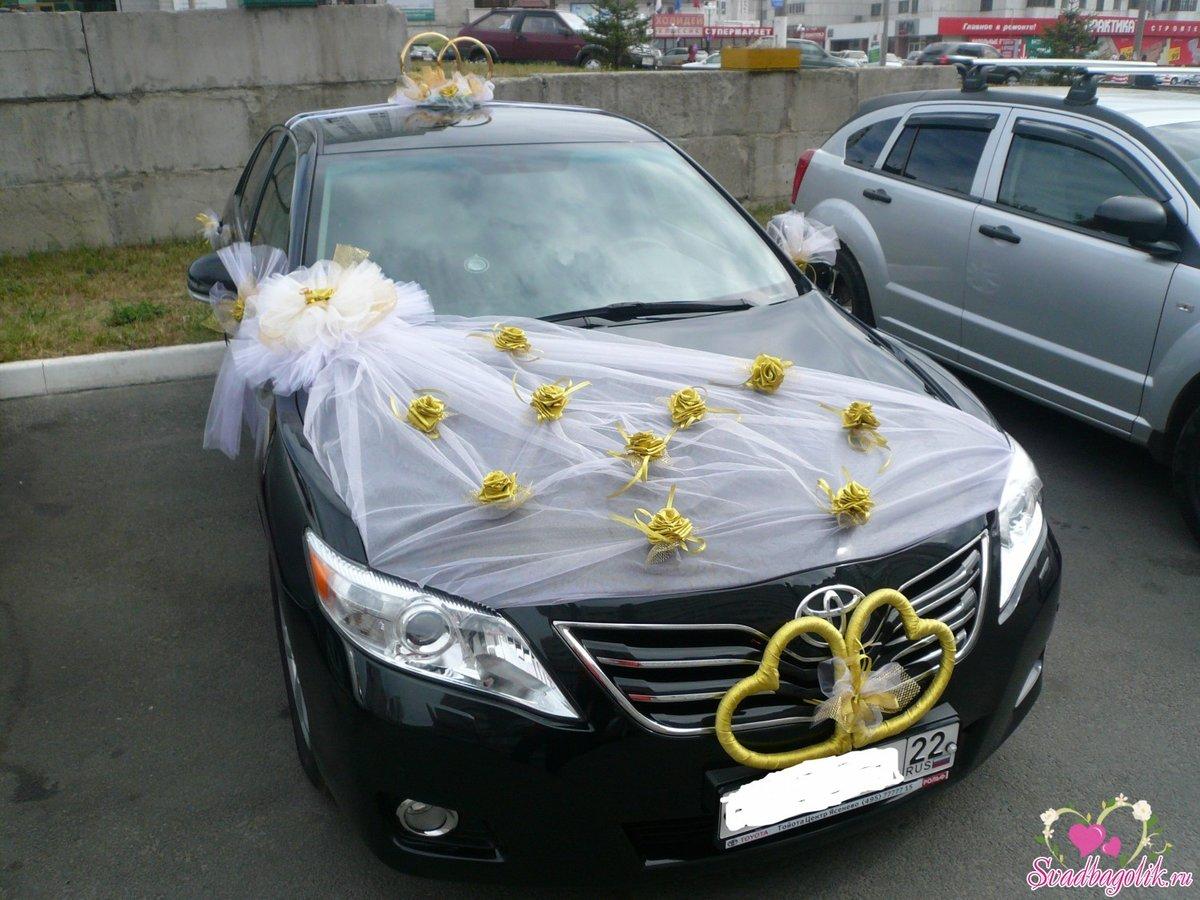 Как украсить машину молодых на свадьбу фото