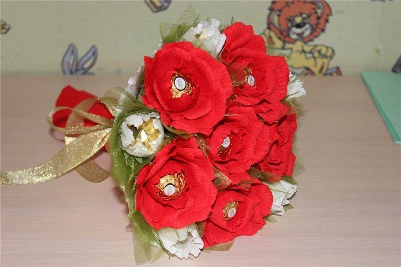Конфетные букеты розы