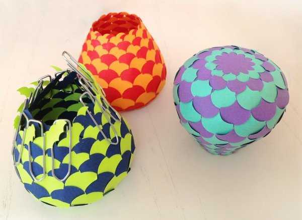 Мастерим своими руками: шары из бумаги на Новый год