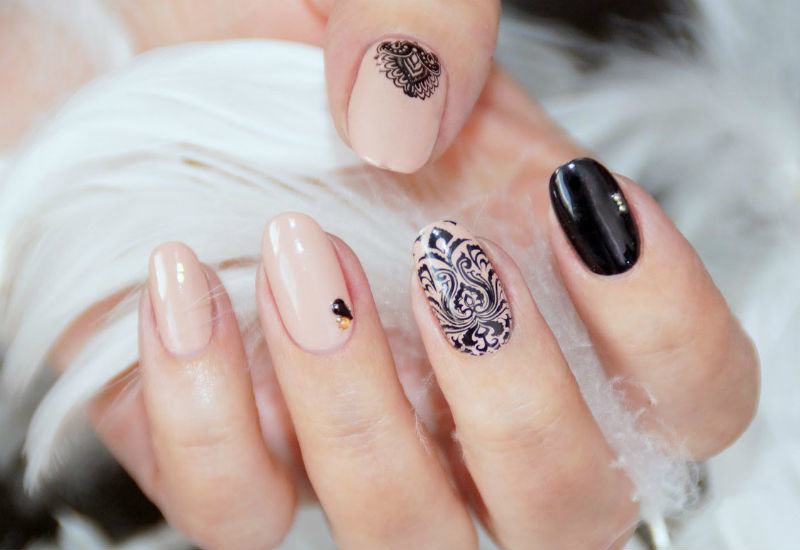 Дизайн миндаль ногтей
