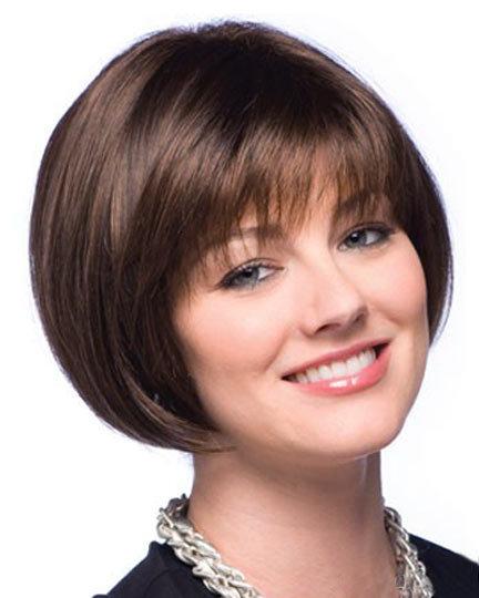 Стрижка боб каре на короткие волосы для женщин 50 лет