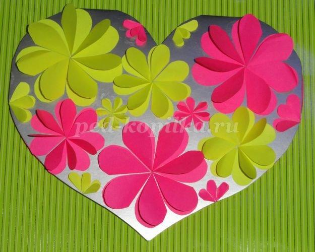 Поделки из бумаги цветочки сердечки 93
