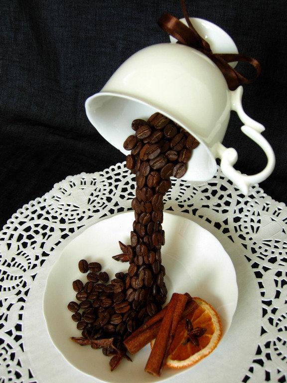 Украшение из кофейных зерен своими руками
