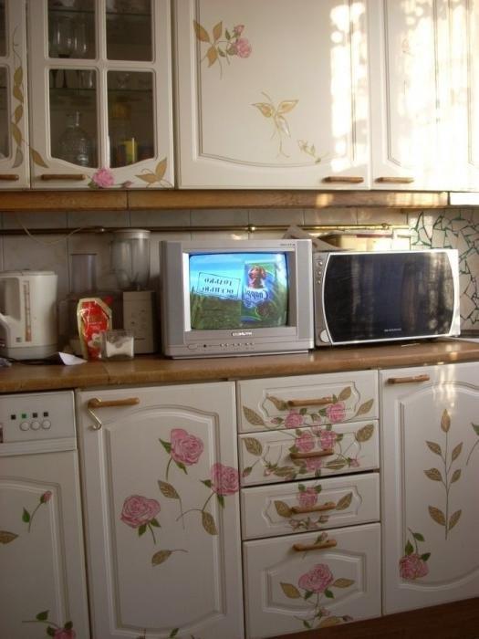 Декорирование старого кухонного гарнитура своими руками 77