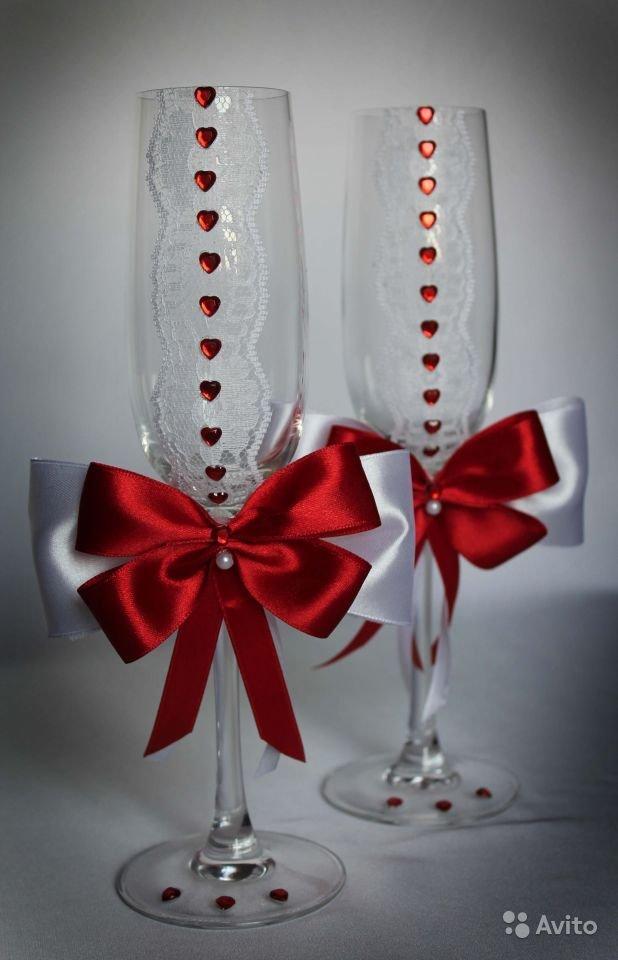 Бокалы на свадьбу в красно-белом цвете своими руками 48