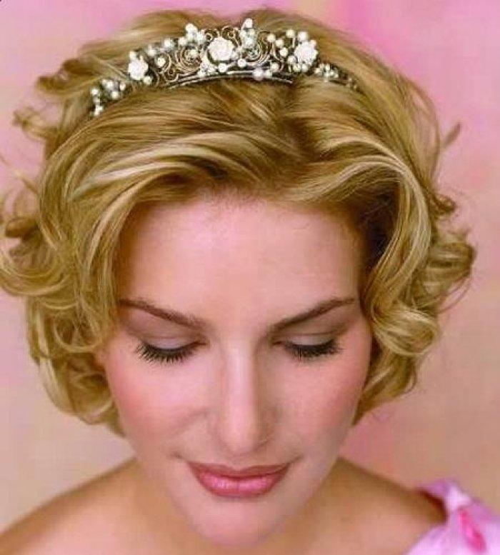 Свадебные прически на коротких волосах в домашних условиях