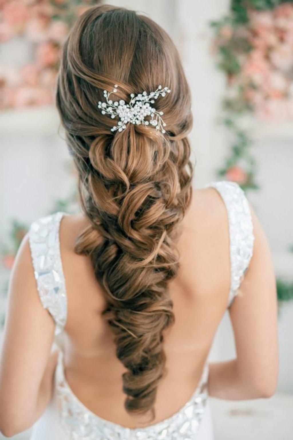 Плетение длинных волос на свадьбу фото