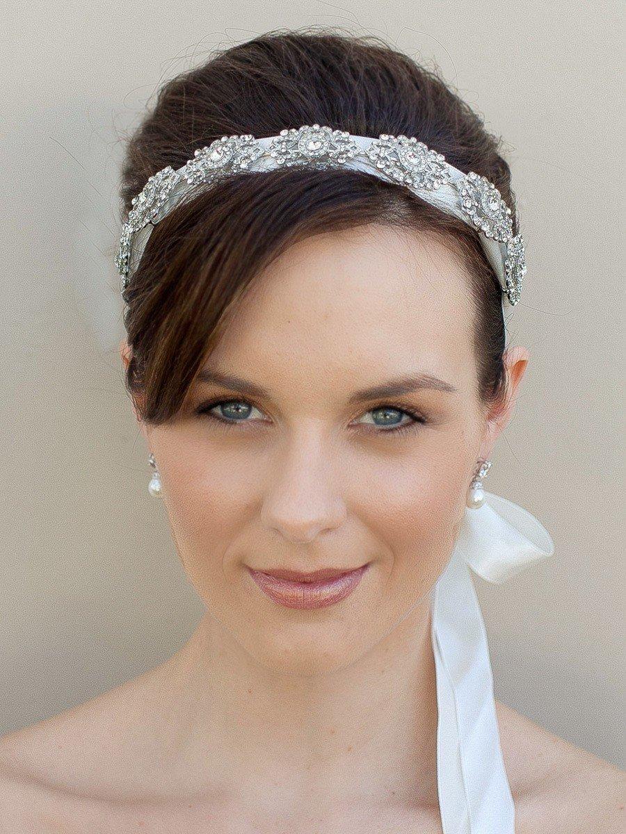 Прически невесты с ободком фото