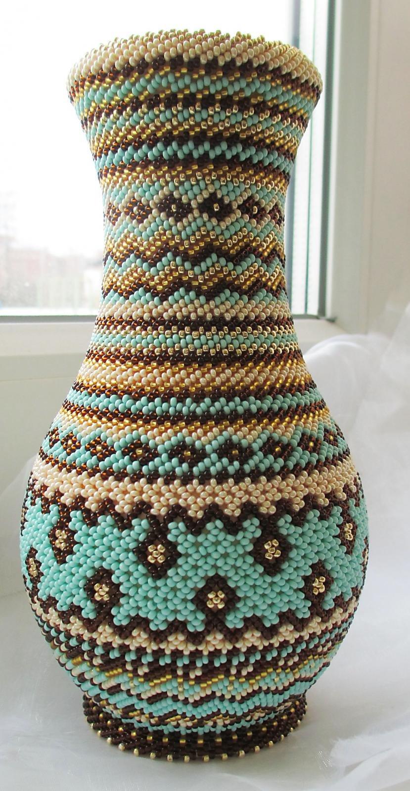Как украсить вазы бисером своими руками