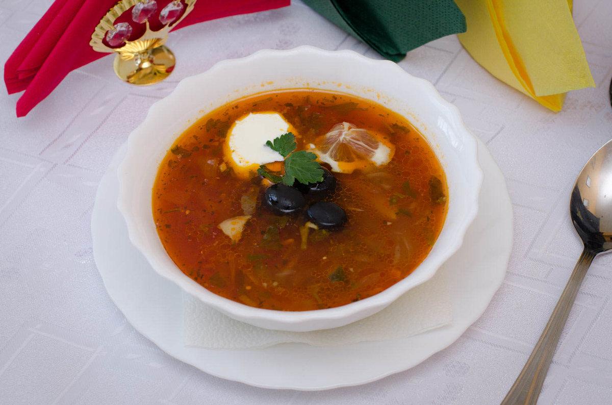Солянка сборная мясная в мультиварке классическая рецепт с фото пошаговый