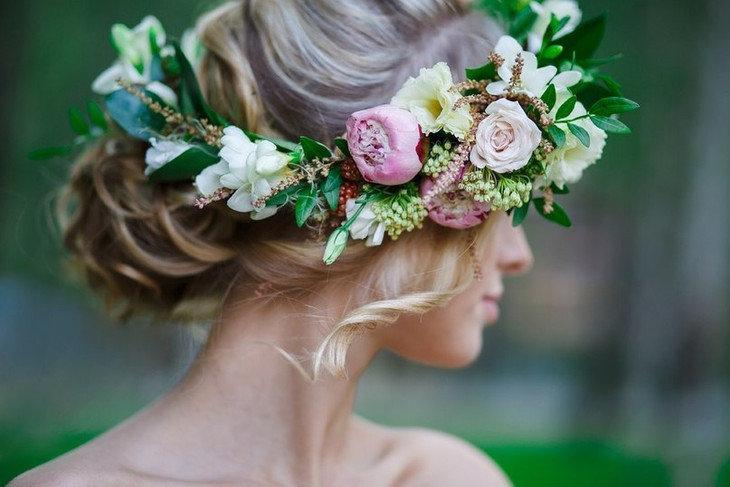 Фото венки из цветов на голову 109