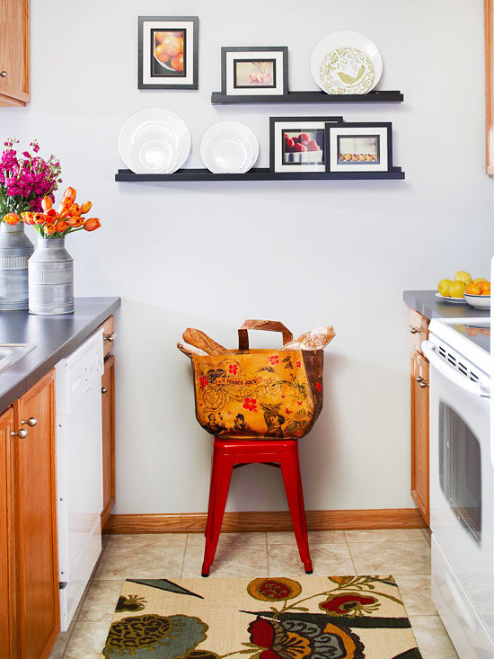 Декорирование стен на кухне своими руками фото