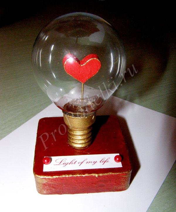 Сувениры своими руками из лампочек