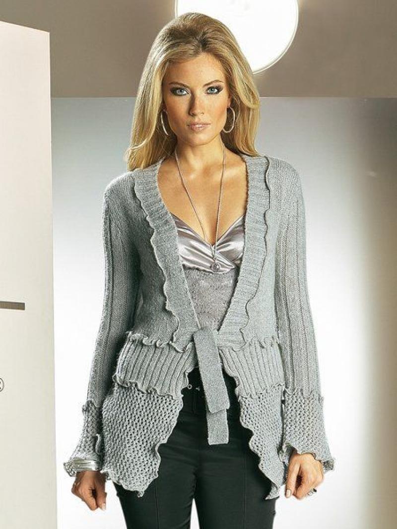 Красивые женские вязаные кофты спицами со схемами
