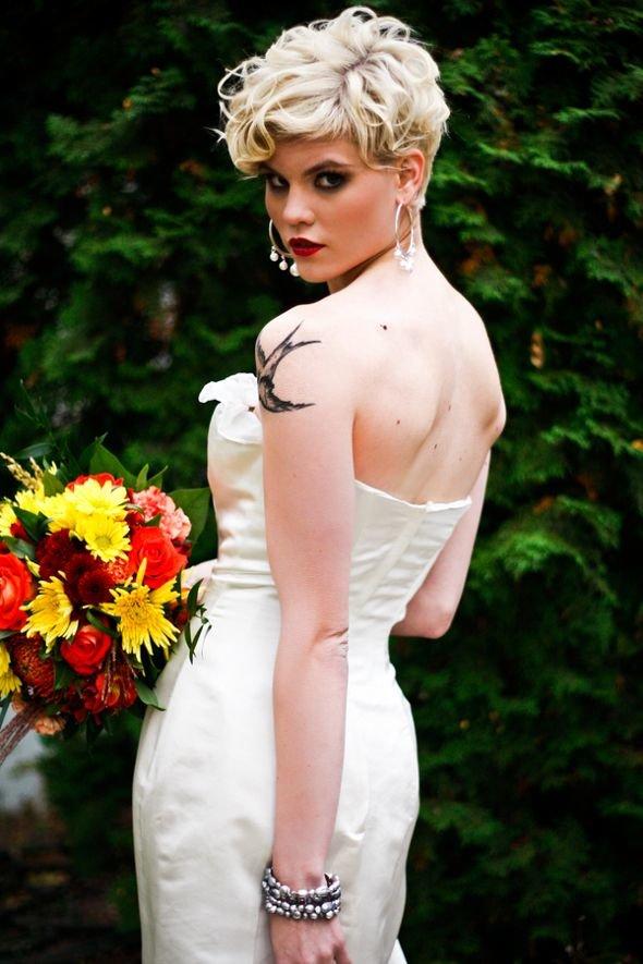 Свадебные прически с короткими волосами женские фото