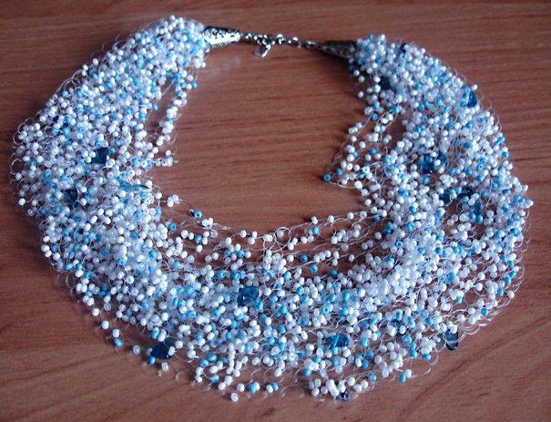 Ожерелье из бисера на шею