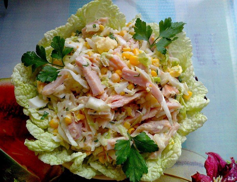 Салат с копченым сыром и пекинской капустой рецепт с