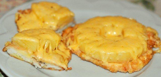 Куриное филе под ананасами с сыром в духовке рецепт пошагово в