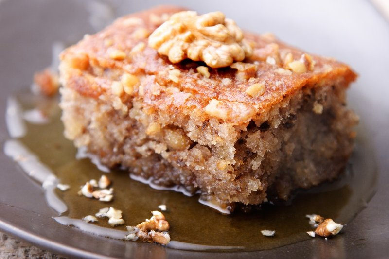 Пирог с орехами и медом