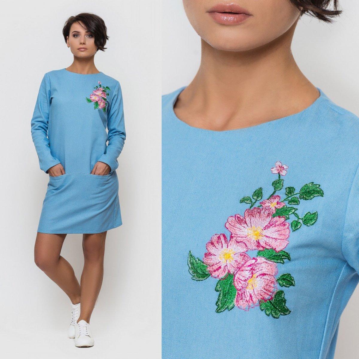 Платье с вышивкой 2017