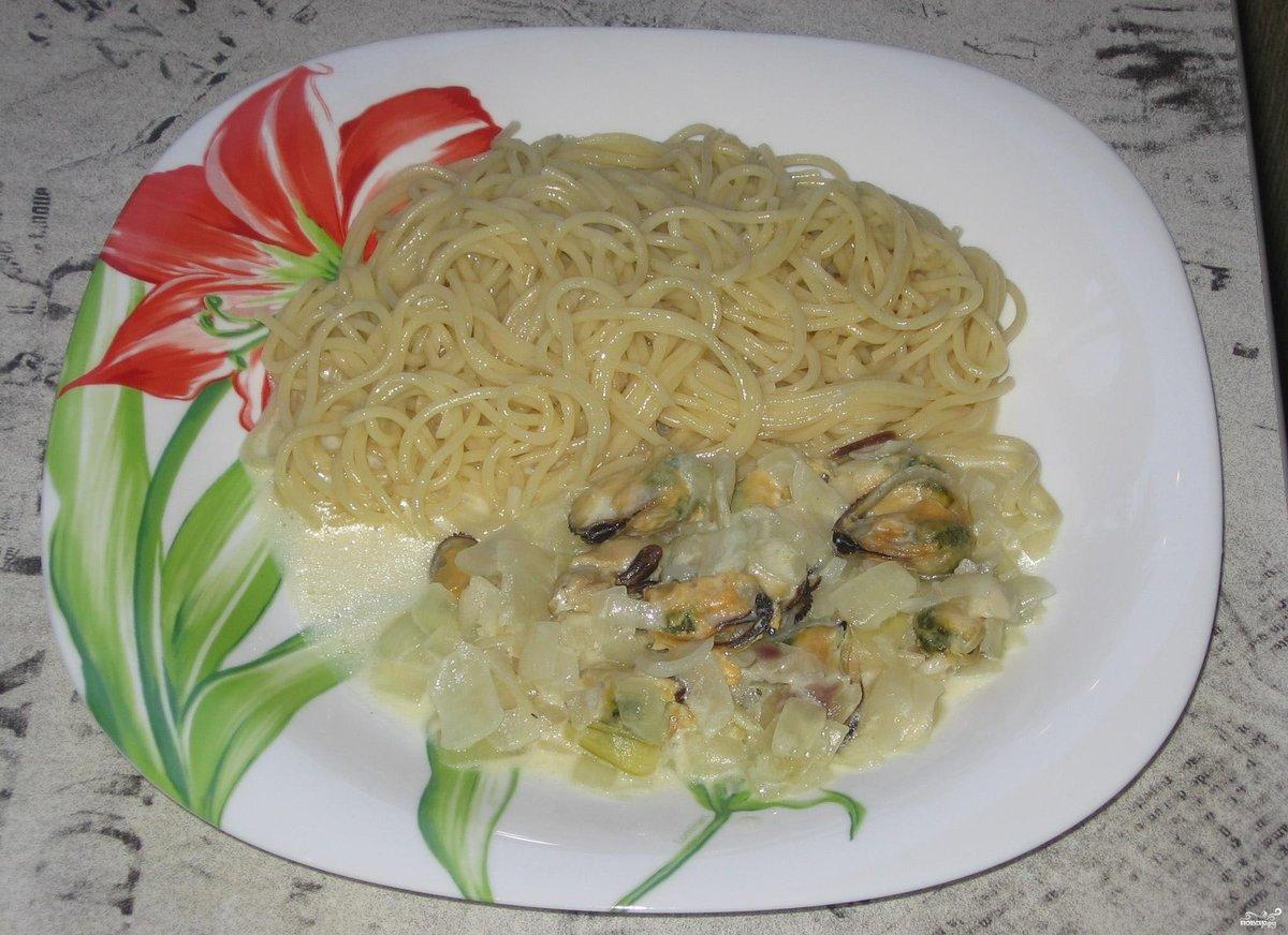 Мидии в сметанном соусе рецепт с фото