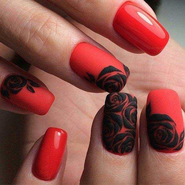 Дизайн маникюра в черно красном цвете