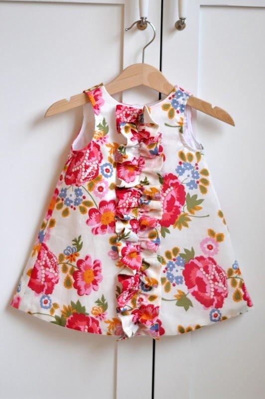 Летнее платье для девочки в год сшитое своими руками 41