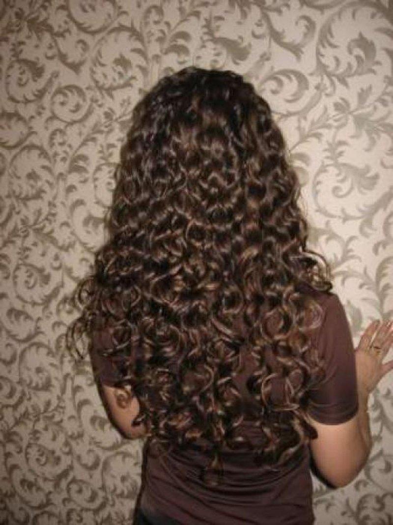 Чем намазать волосы чтобы держались кудри
