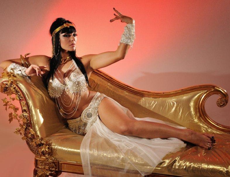 eroticheskaya-kostyum-kleopatra