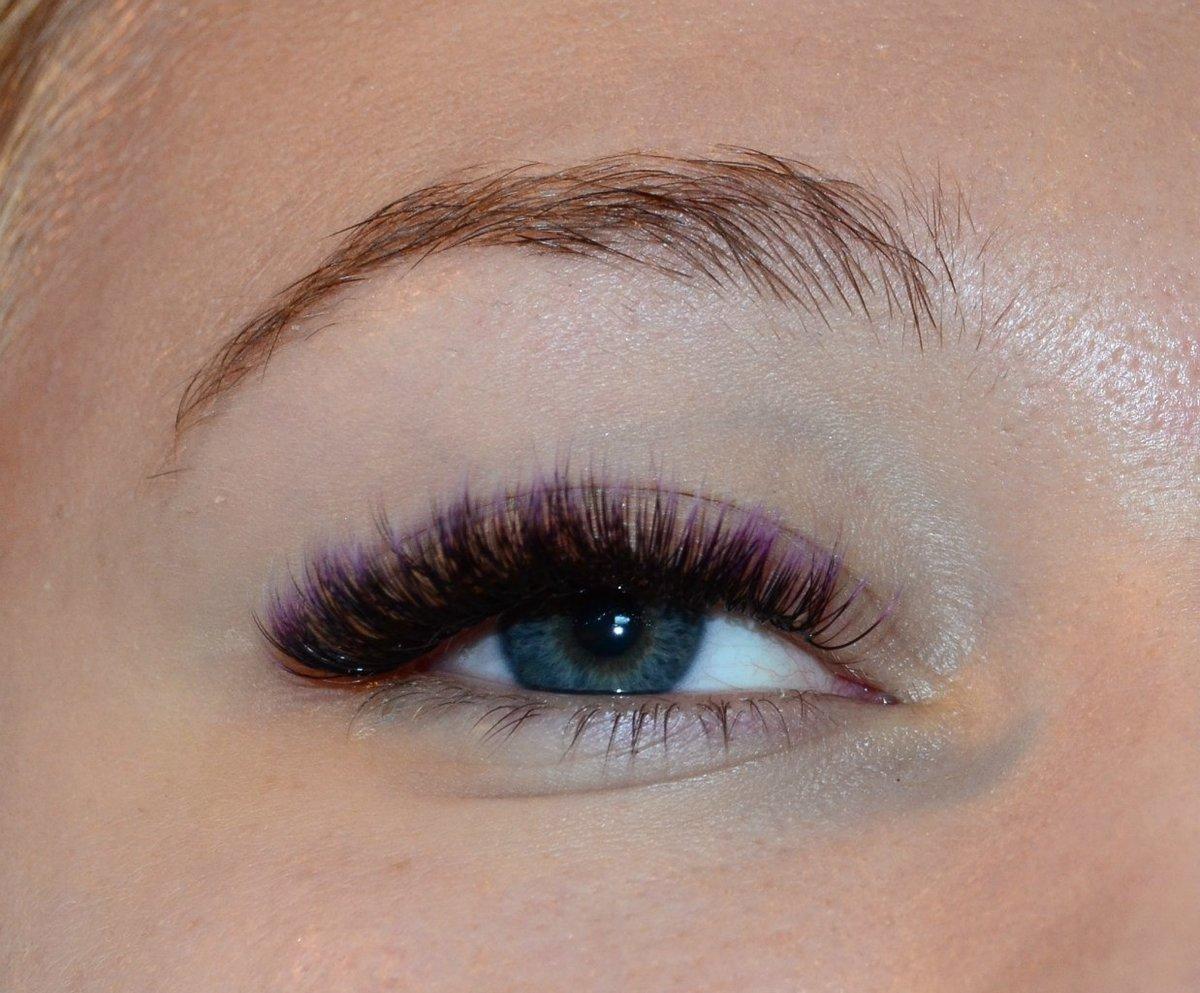 Наращивание ресниц фото фиолетовое