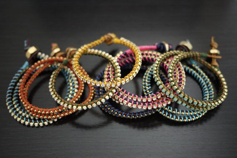 Цветные браслеты своими руками 367