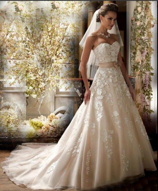 Цвета свадебных платьев айвори