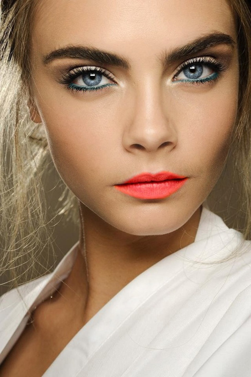 Макияж для русой с голубыми глазами