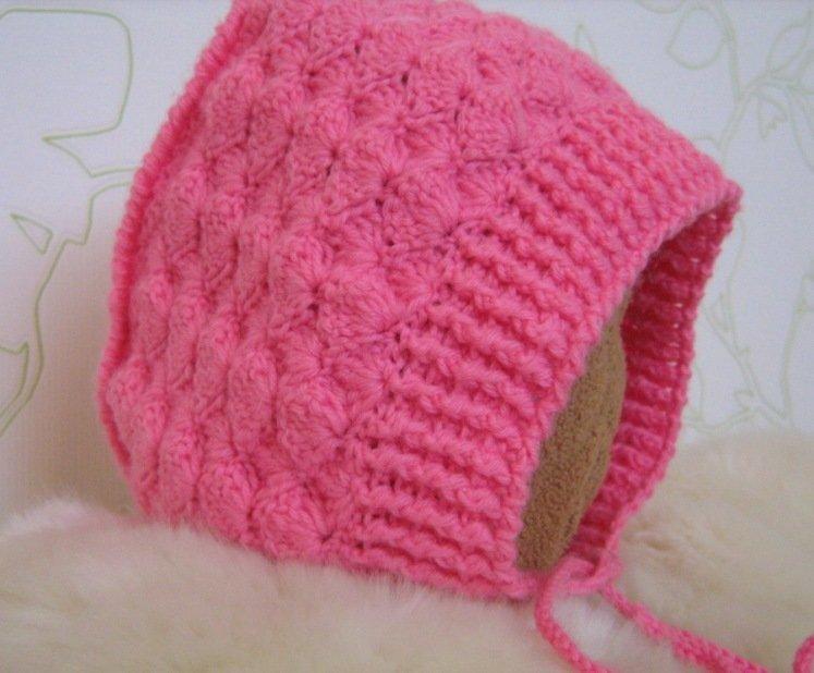 Вязание спицами теплых шапок для девочек