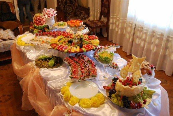 Что приготовить на свадебный стол в домашних  744