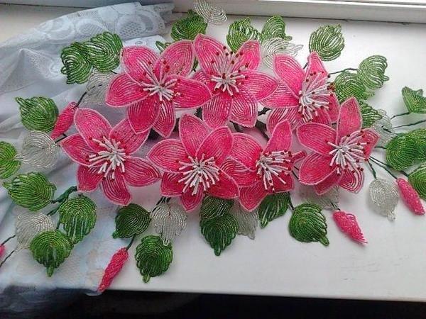 Красивые цветы бисера фото