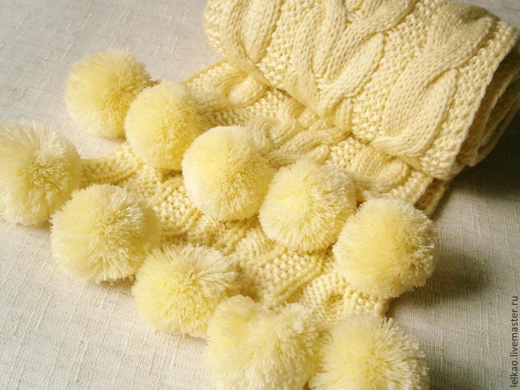 Вязание шарфов спицами и одним помпоном