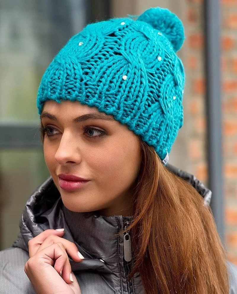 Фото вязать модные шапки