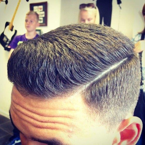 Прически для густых волос мужские