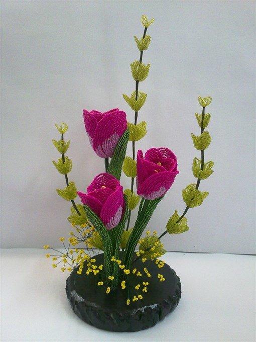 Цветок из бисера подарок на