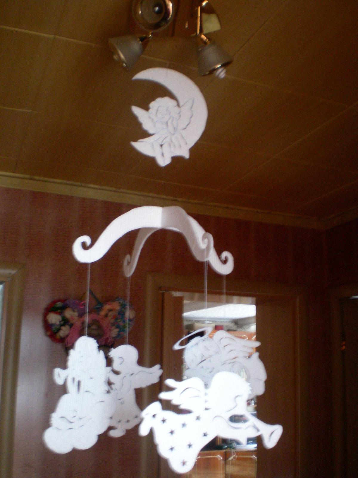 Как сделать подвески на потолок своими руками