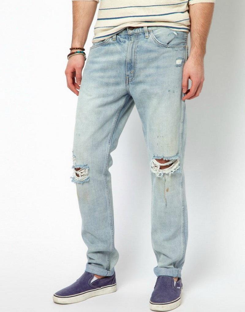 Голубые джинсы с рваными коленками - карточка от пользователя savskina.olga в Яндекс.Коллекциях