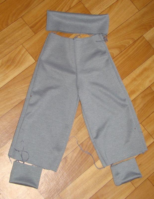 Как сшить детские штаны на резинке из плащевки 32