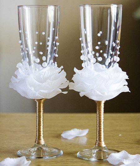 Идея украшения свадебных бокалов своими руками 56