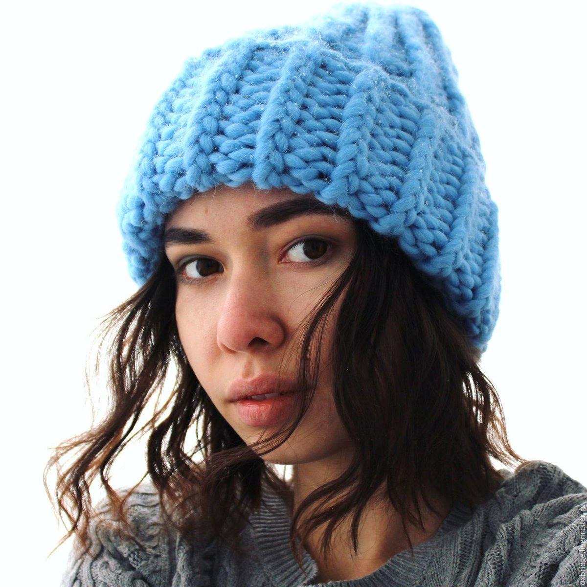Вязание спицами модная шапка 73
