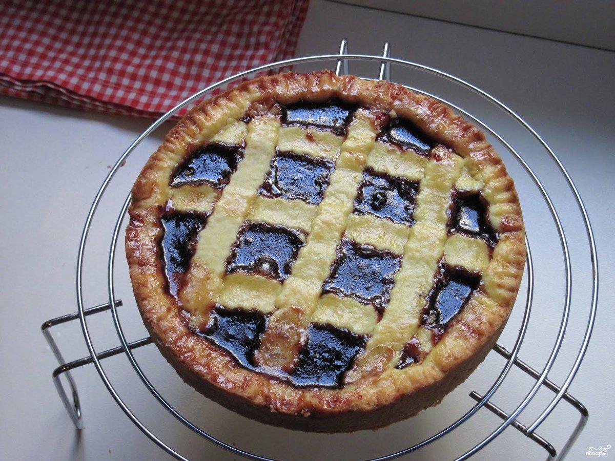 Пирог с вареньем в духовке на дрожжах рецепт с пошагово