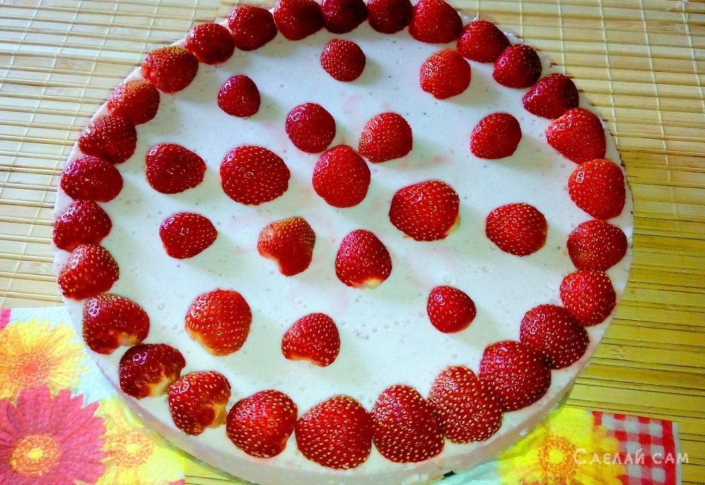 Клубничный торт рецепт с фото пошагово в домашних условиях быстро и