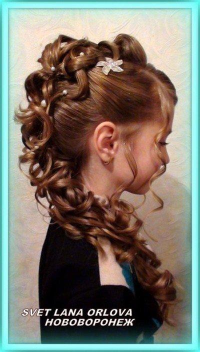 Красивые причёски для девочек на выпускной в 4 классе